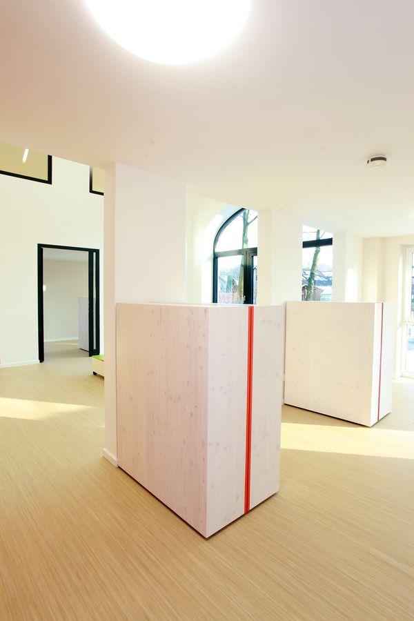DRO- Spielraum- Möbel1