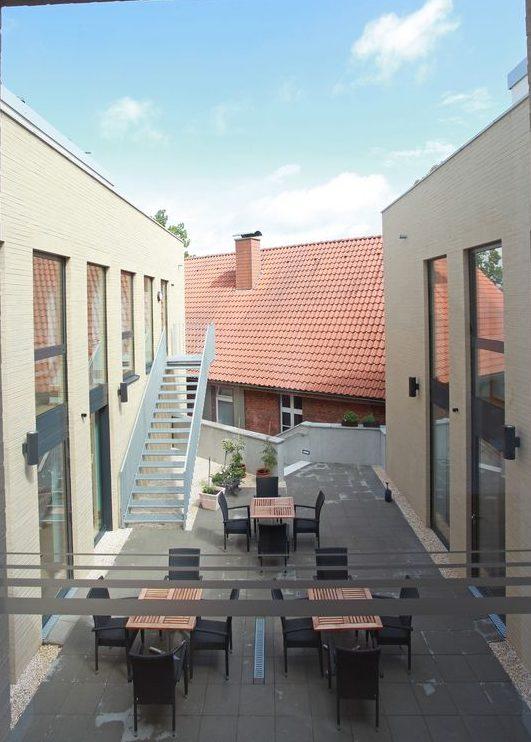 DIA- Innenhof 2