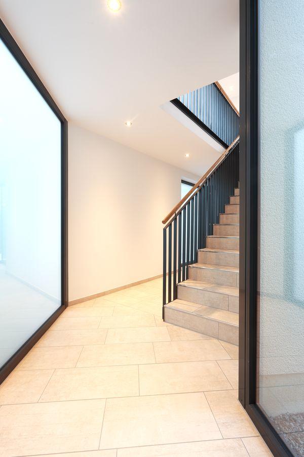 Treppe Eingang unten