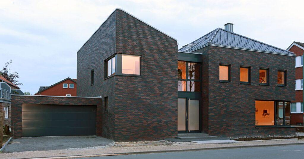 Zwei Häuser in Einem