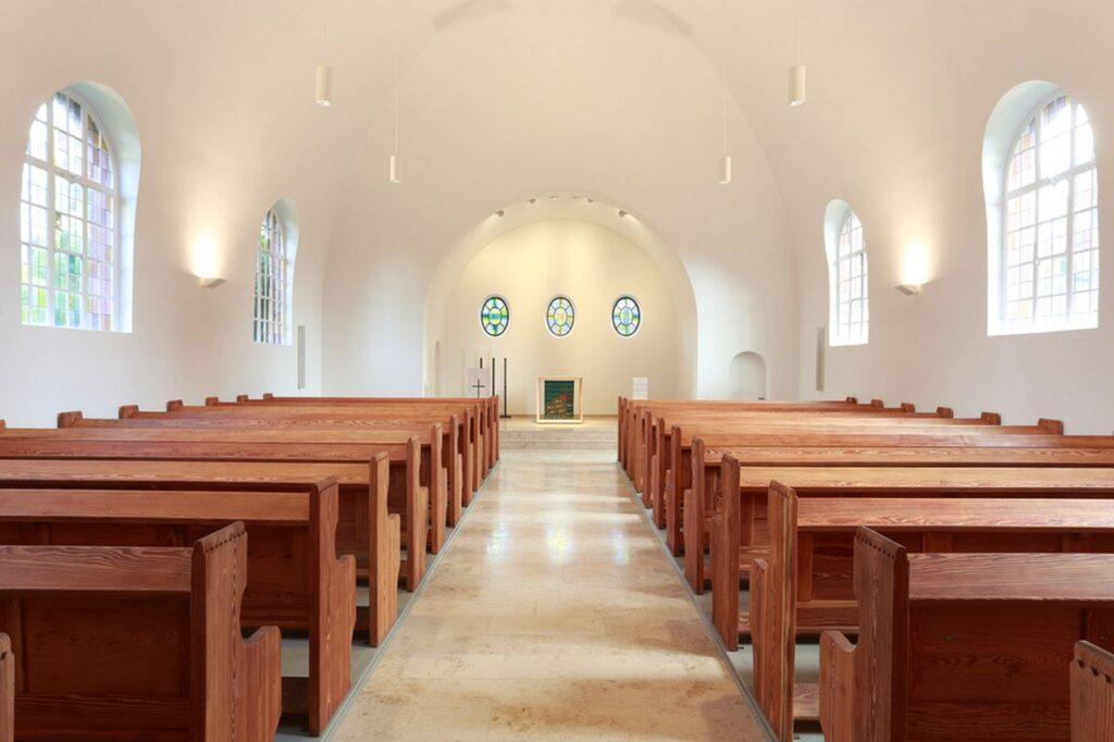 EVK-Innenraum-Altar